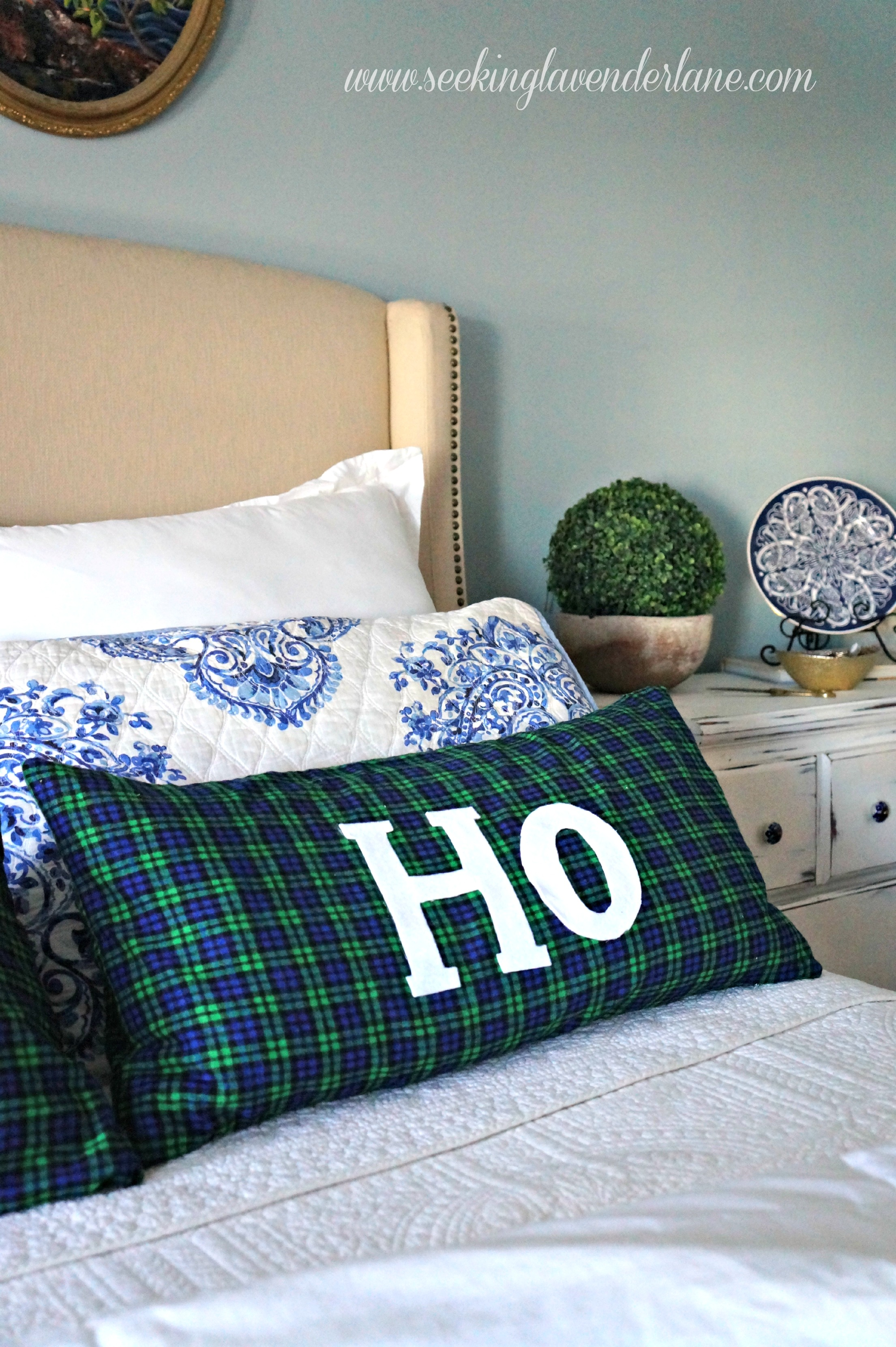 DIY HO HO pillows