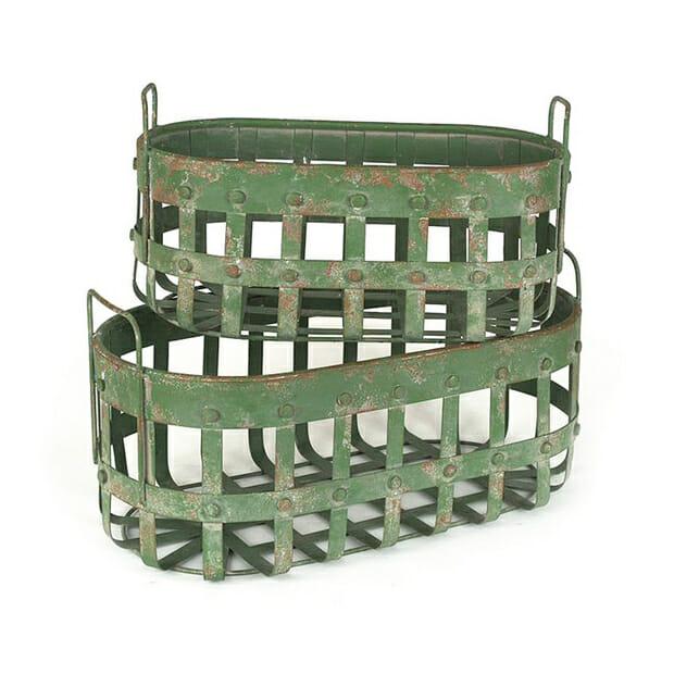 green baskets dot and bo