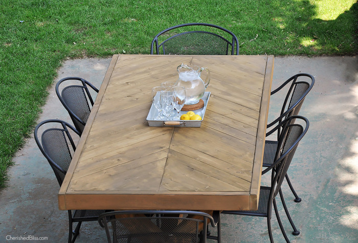 diy farmhouse table 3