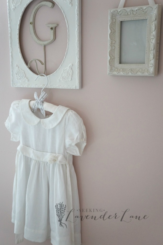 pink vintage girls room 3