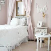 Pink Vintage Girl's Bedroom