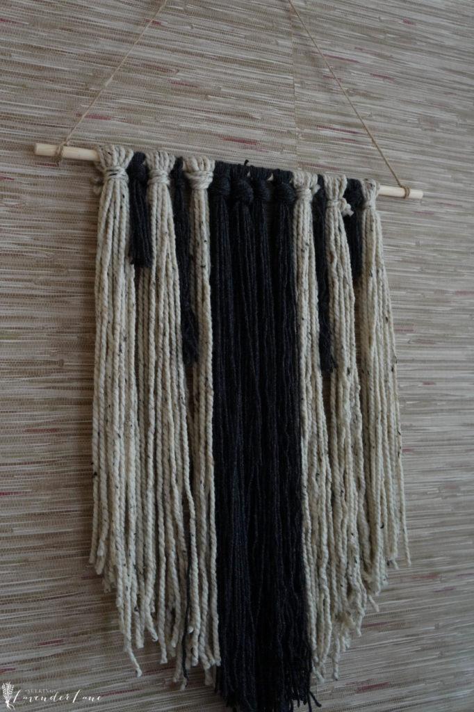 diy-wall-yarn-hanging-6