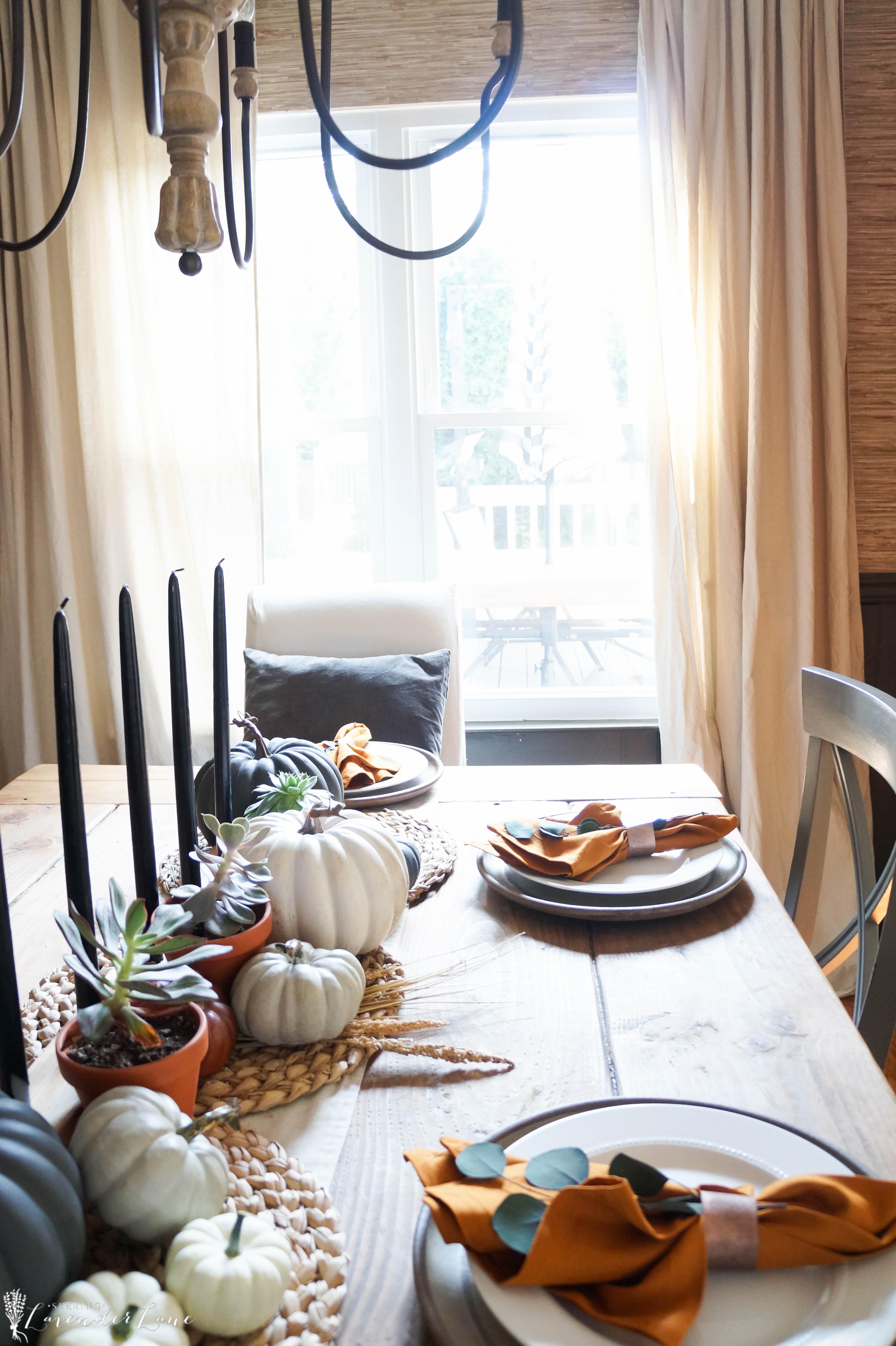 Room Decor: Seeking Lavendar Lane