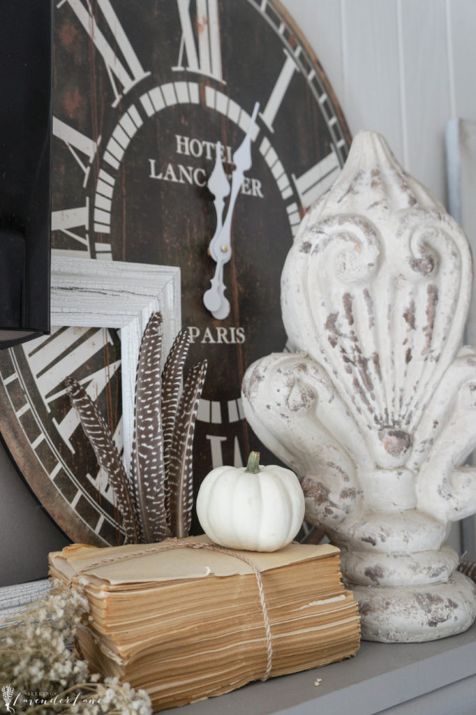 french-farmhouse-fall-decorating-gray-and-orange-10