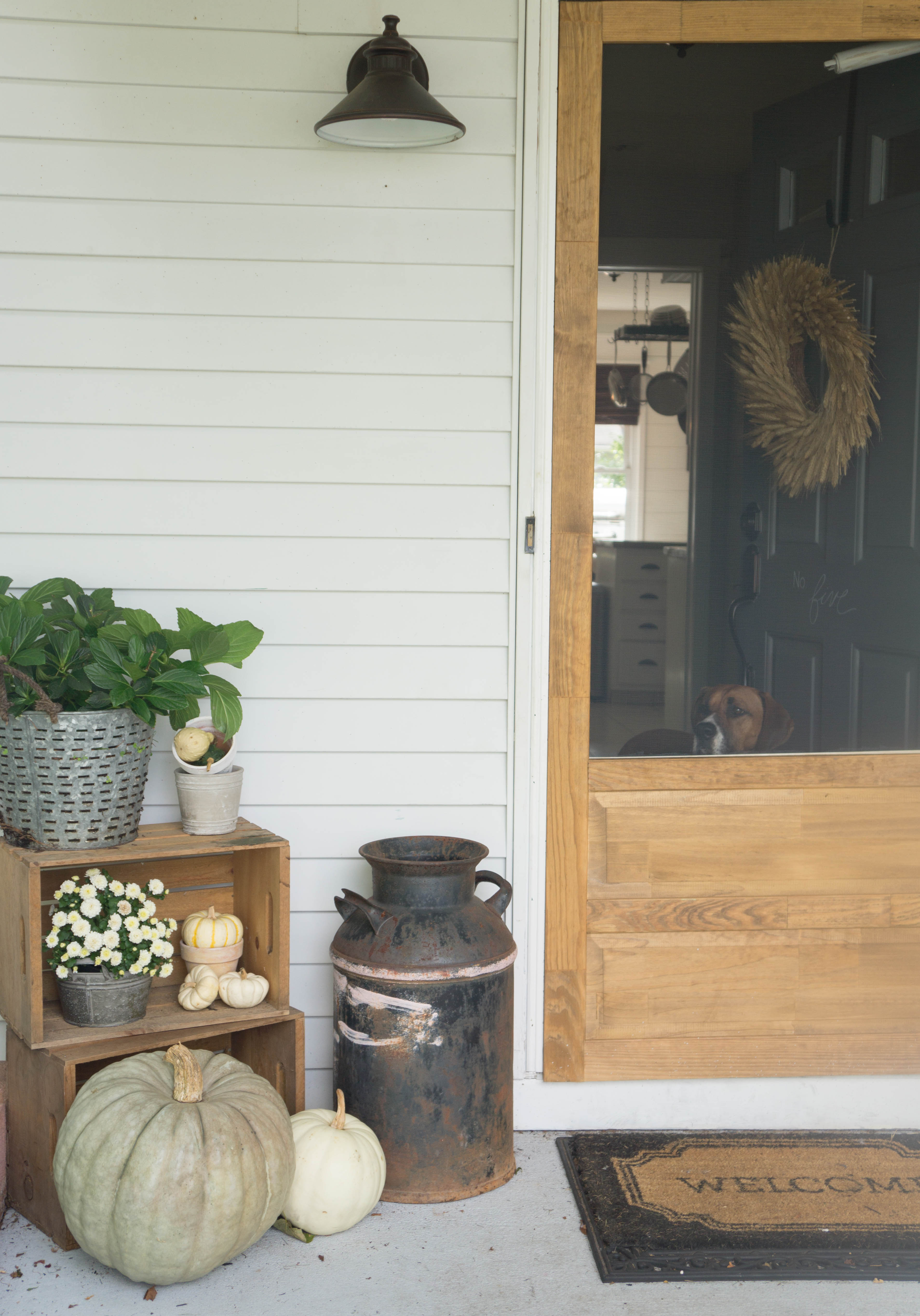 farmhouse-fall-front-porch-7