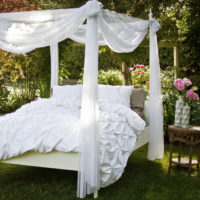 Crane and Canopy Bedding Choices