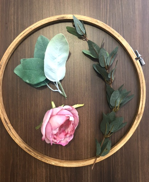 Embroidery-Hoop-Wreath-Materials