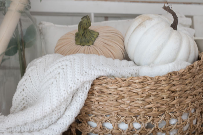 White and Neutral fall decor