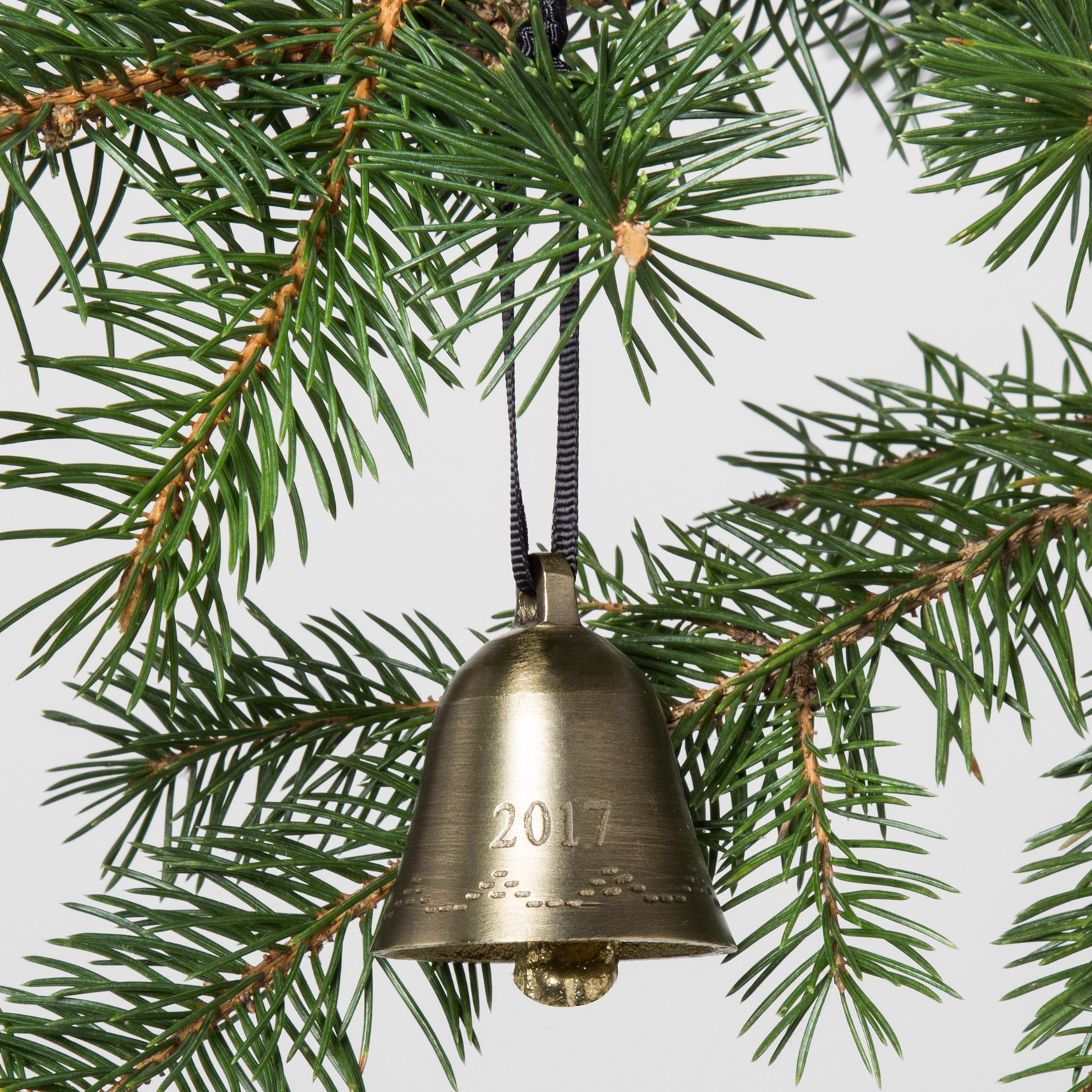 Brass Bell, Hearth and Hand, Trending Christmas Decorations 2017