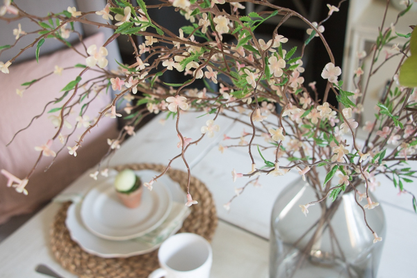 spring and easter table inspiration