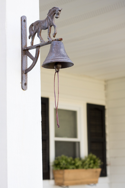 Farmhouse porch, spring decor