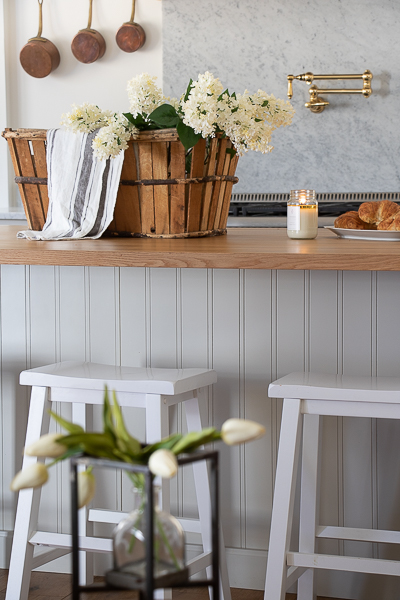 spring decor in the kitchen